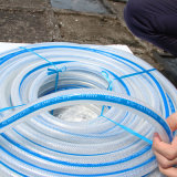 Manguito reforzado tejido PVC Ks-13167ssg del agua del manguito de la fibra