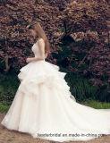 2018 мантий Z2029 шарика венчания Organza Bridal платьев шнурка тучных