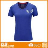 여자의 v - t-셔츠를 달리는 목 스포츠