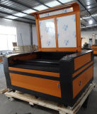 木製ファブリックアクリルのために切られる精密CNCレーザー