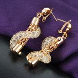 方法結婚式の水晶金によってめっきされる宝石類の一定18K金の宝石類