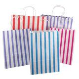 Boda hacer hermosos pañuelos de papel decorativo papel artesanal en la tienda de regalos bolsa de papel Kraft asas