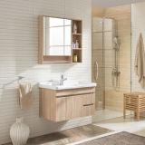 De moderne Kabinetten van het Kabinet van de Badkamers van Plywooden van de Spiegel van het Ontwerp Klassieke