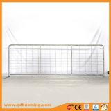 Cancello rurale dell'azienda agricola di Galvanzied della rete metallica