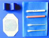 Jogos descartáveis do começo IV para IV o cuidado da injeção da cânula