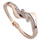 Braccialetto femminile dolce di modo del braccialetto della Tutto-Corrispondenza coreana del diamante