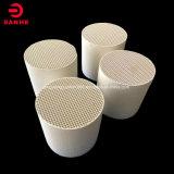 Briques réfractaires en céramique Honeycomb pour s'accumulent la chaleur de la RTO 150*150*300mm