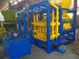Brique/bloc automatiques de couplage de la machine à paver Qty4-25 faisant la machine