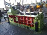 압박을 짐짝으로 만들 Y81q-135 유압 알루미늄 깡통