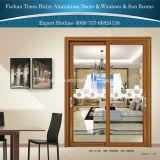 Раздвижная дверь горячего сбывания вися между кухней и живущий комнатой