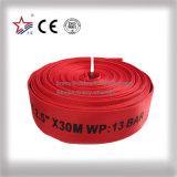 De rode Gemengde Voerende Brandslang van pvc Rubber met de Koppeling van de Slang van BS