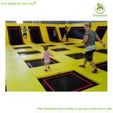 Парк Trampoline большой потехи цветастый крытый для малышей и родителей