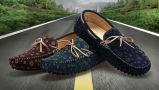 Pattini casuali di modo delle calzature della barca del fannullone degli uomini del cuoio della pelle scamosciata del blu marino
