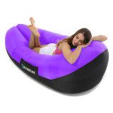 水証拠および側面のポケットが付いている膨脹可能なLoungerの空気ソファーかベッドまたは椅子または日曜日のLoungerの寝袋