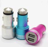 Mini chargeur universel 2 gauche, chargeur duel de véhicule d'USB de véhicule d'USB pour le téléphone mobile