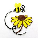 Изготовленный на заказ вышитый цветок шьет на заплатах для одежды (YB-e-038)