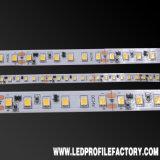 Luz impermeável do diodo emissor de luz da tira, 5050 luzes de tira do diodo emissor de luz do RGB, conetor da tira da luz do diodo emissor de luz de 2835 RGBW