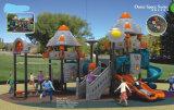 Unterhaltungs-Gemeinschaftskind-im Freienspielplatz-Gerät