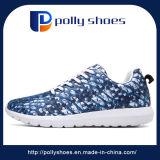 新しい到着学生の多彩な通気性のスポーツの偶然靴