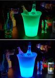 Cubo de hielo plástico de acrílico de la cerveza con la luz del LED
