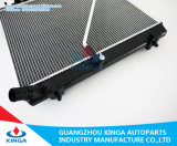 De Radiator van de auto voor Toyota Hiace/Quantum 2014-