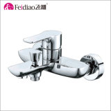 真鍮熱い販売の高品質はハンドルの高い洗面器のコックを選抜する