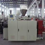 Extrudeuse à vis double conique pour granulation en PVC