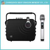 Draagbare Luidspreker met de UHF Draadloze Microfoon van de Karaoke
