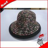 Женщин солнца летом Red Hat дисковода гибких дисков
