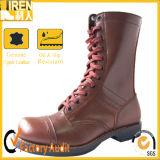 メンズブラウンの本革の戦闘用ブーツ