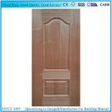 赤いクルミのベニヤの凸ラインか上げられた積層のドアのパネルHDFのドアの皮