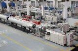 Cadena de producción del tubo del PVC de los PP del PE de PPR, línea plástica de la protuberancia del tubo