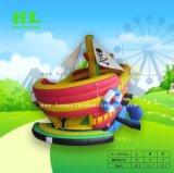La vendita calda scherza la nave di pirata gonfiabile del parco di divertimenti variopinto del giocattolo per i capretti che saltano per avere una grande festa di Sunshining
