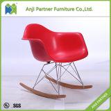 좋은 보기 흔드는 발 (죤)를 가진 빨간 좋은 품질 PP 플라스틱 식사 의자