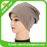 Bonnets en plastique tricotés de haute qualité