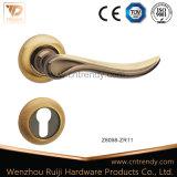 Maniglia in lega di zinco moderna della mobilia dei prodotti caldi d'avanguardia di vendita (Z6121-ZR01)