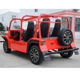 Automobile facente un giro turistico della vettura turistica elettrica con 4 sedi