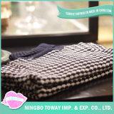 Camisola de confeção de malhas fina do bebê do Crochet do algodão do casaco de lã dos miúdos