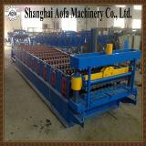 Gewölbte Stahlblech-Rolle, die Maschine bildet