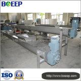 Équipement de transfert de boues dans l'usine de traitement des eaux usées
