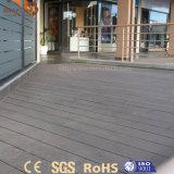 Modernes kundenspezifisches mehrfacher im Freienbodenbelag-hölzernes zusammengesetztes Plastikpanel