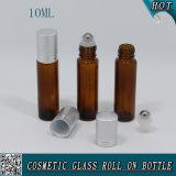rolo 10ml de vidro ambarino no frasco com tampão de alumínio e o rolo inoxidável