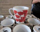 En forme de V pleine d'impression de l'autocollant promotionnel en céramique tasse de café (WSY813M)