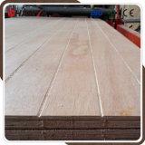 Madera contrachapada fenólica del pegamento E0 de la madera dura Grooved del pino