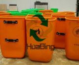scomparti di rifiuti di plastica raccolti immondizia residua sanitaria di Standed della via 50L