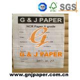 sur la palette ou le papier en bloc de NCR de paquet pour la production de facture