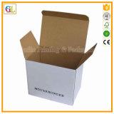 Бумажная упаковка рифлевания носит коробку