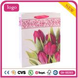 Rosafarbene Tulpe-Form-Kunst-überzogene Geschenk-Papiertüten