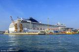 客船の高速乗客船