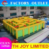 Jeux gonflables labyrinthe gonflables géants 10*10m Hot Sale Laser Tag Games Arena gonflables pour enfants et adultes